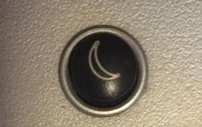 кнопка в форме полумесяца