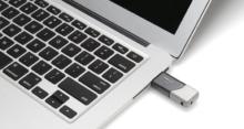 Открываем флешку на MacBook