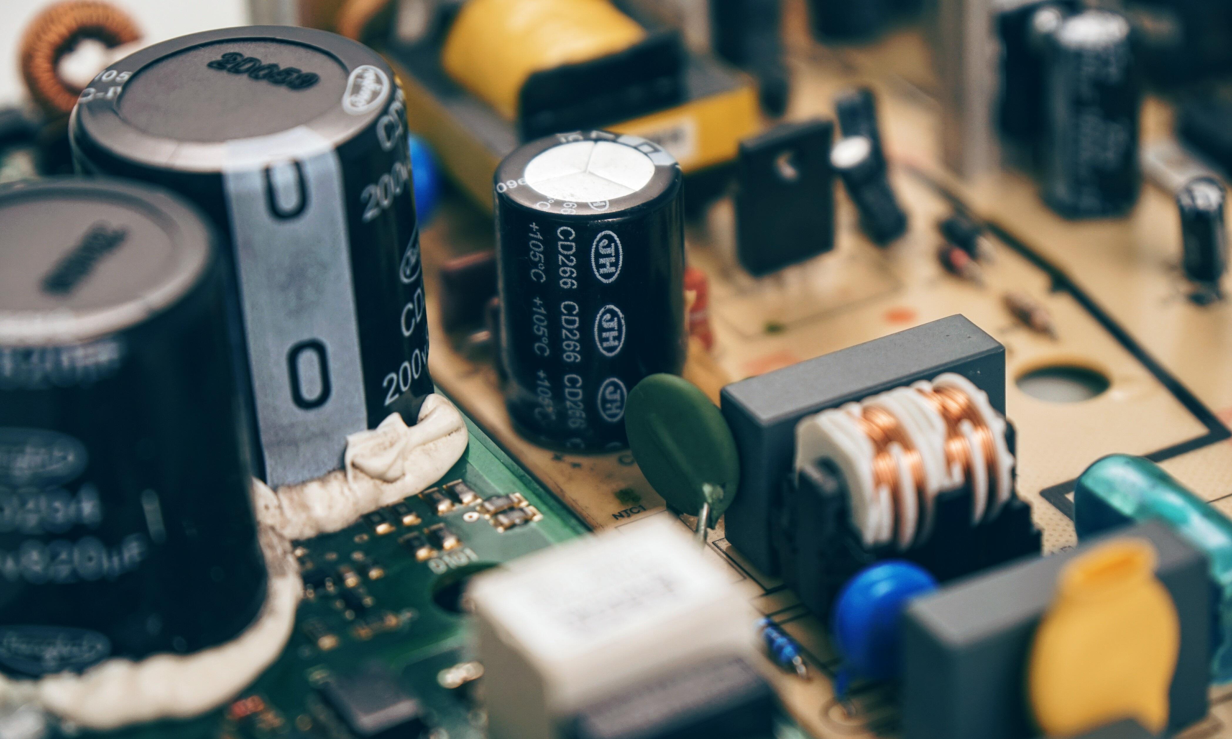 Замена конденсаторов на матплате