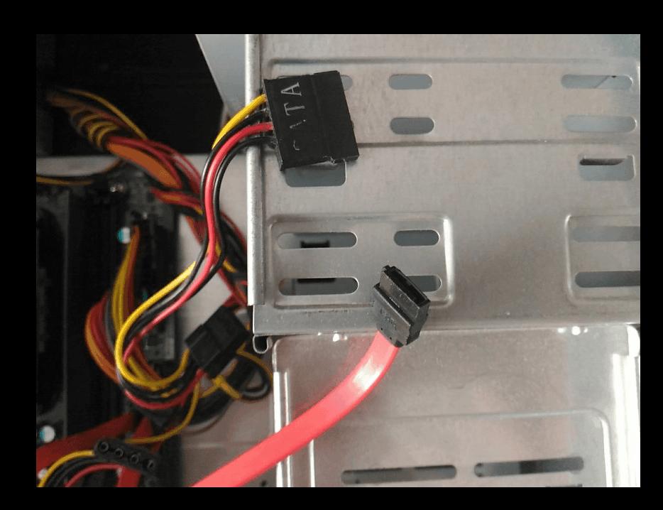SATA-кабель для SSD