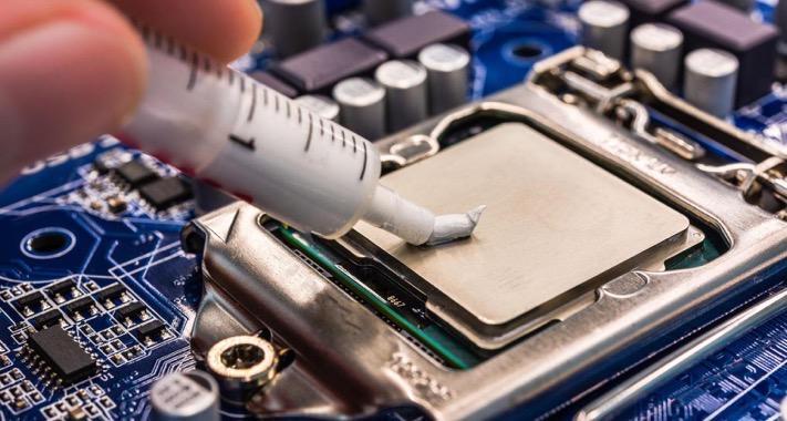 Процесс нанесения пасты на чип