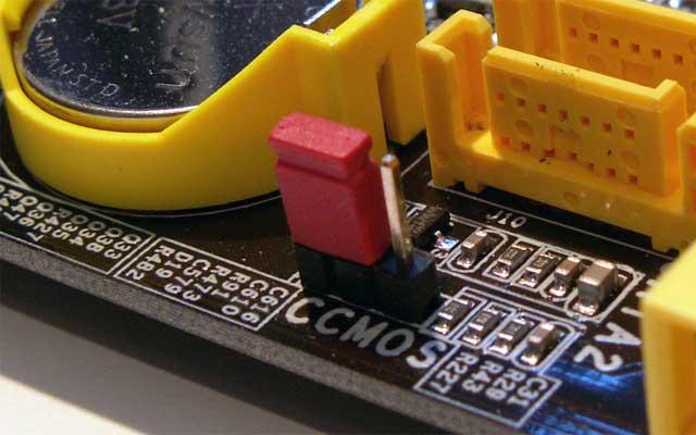 Перемычка для сброса BIOS