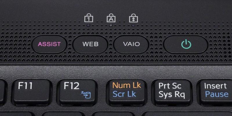 Кнопка Assist на ноутбуке Sony