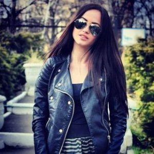 Лиза Акопова